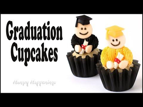Graduation cupcakes with modeling chocolate graduates