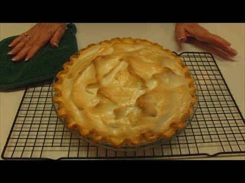 Betty's very best meringue topping for pies