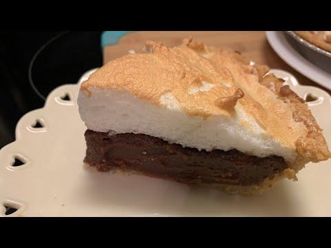 How to make chocolate meringue pie (easy recipe )