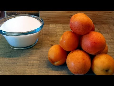 Simple and delicious apricot jam