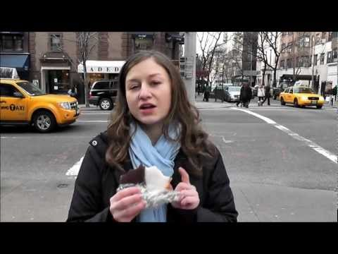 Cookie review vlog #8: nyc black white cookie - william greenberg desserts
